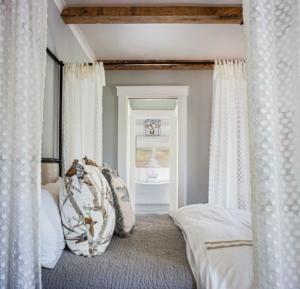 Master bedroom at 3 Hearth St