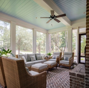 Screened side porch at 3 Hearth St