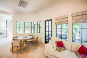 sitting room and breakfast nook