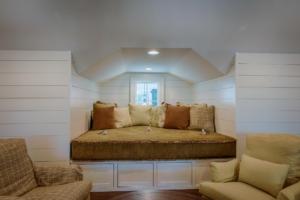 den built-in daybed