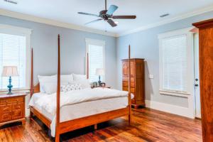 Master bedroom with heart pine flooring